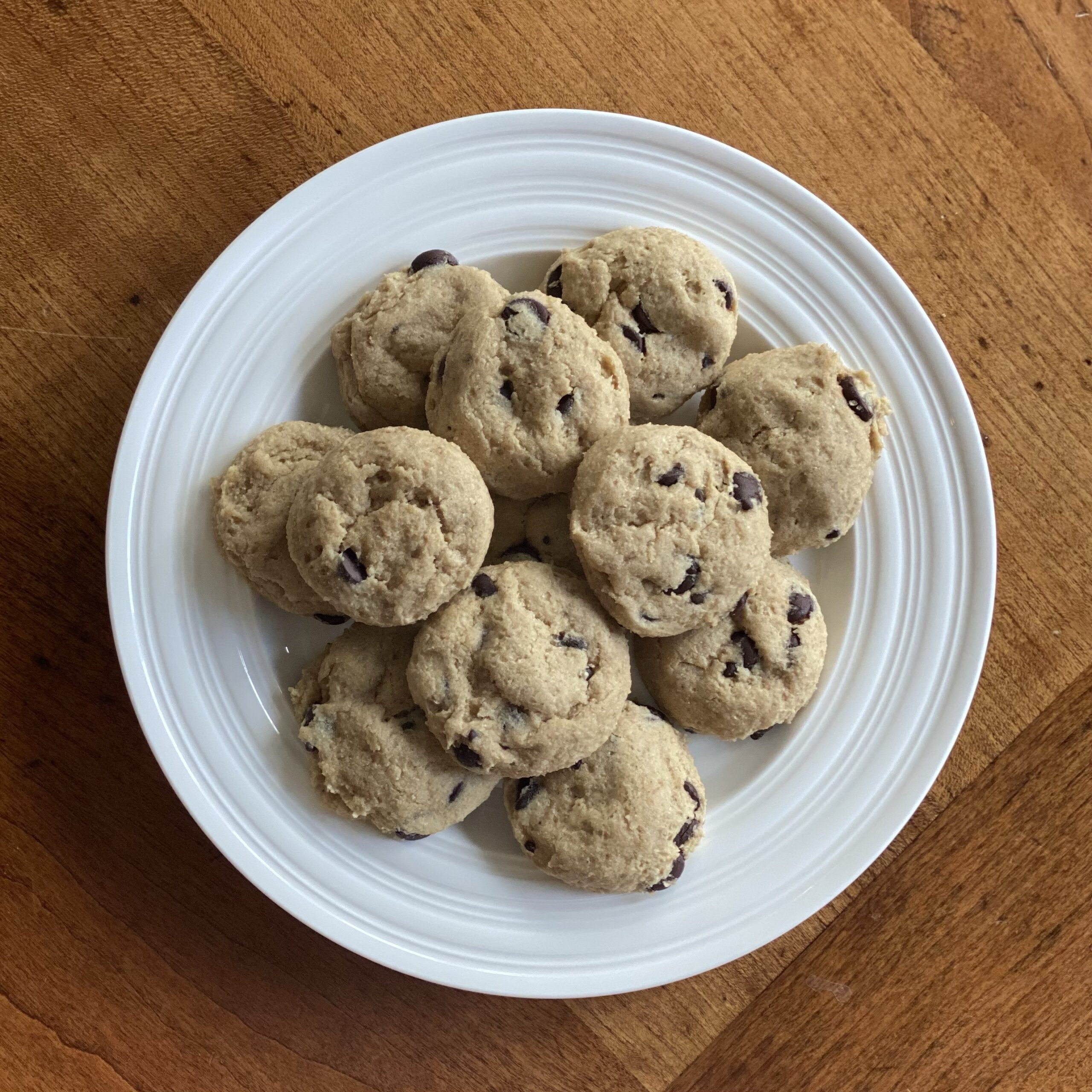 Tahini Chocolate Chip Cookies (keto, paleo, no coconut flour, vegan option)